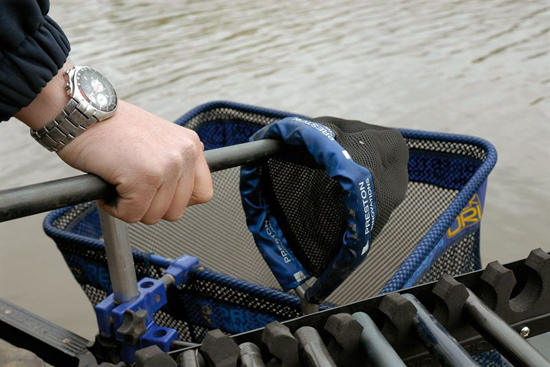 Preston innovations pole sock old 2015 model for Fishing rod socks