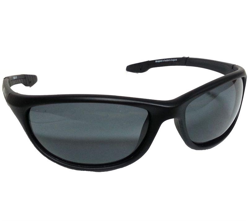 3ab8e1d186 Wychwood Black Wrap Around Polarised Sunglasses (Smoke Lenses) - £15.99