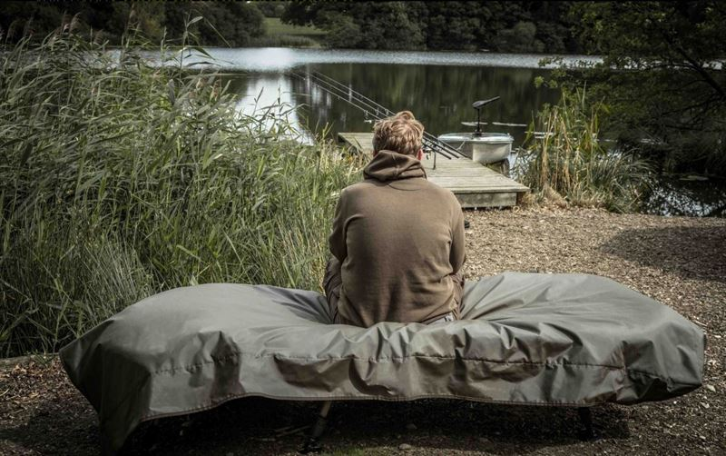 Avid Carp Storm Shield Bedchair Cover