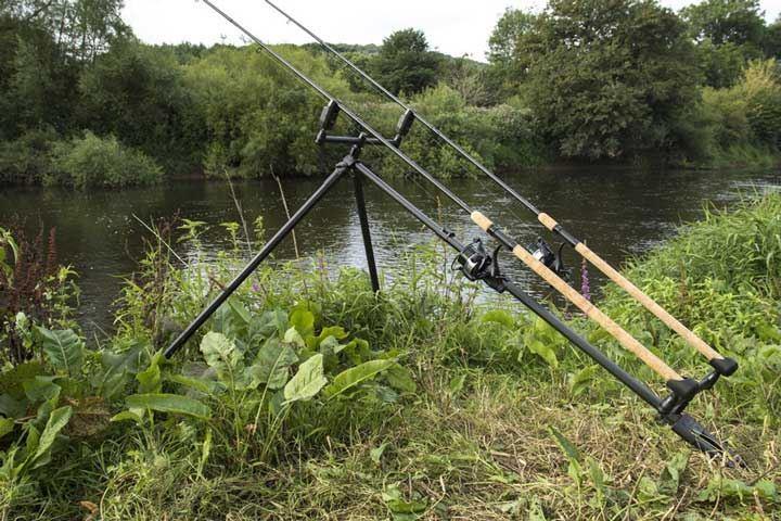 Korum river tripod for River fishing pole